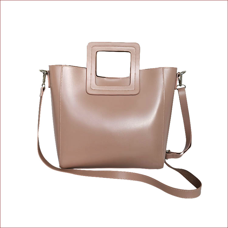 Smooth Structured Tote