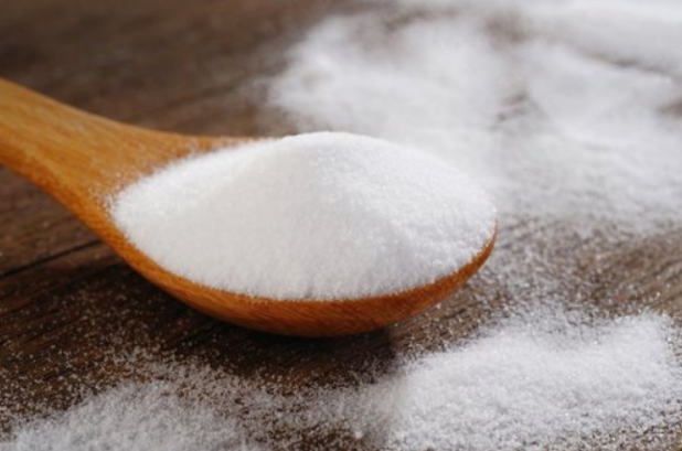 Adding sodium tripolyphosphate to detergent, is it good decontamination ability?