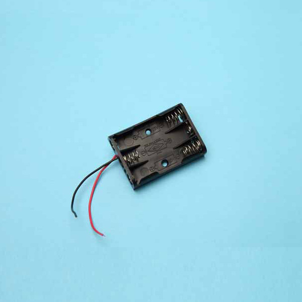 3 AAA Battery Holder with Wire Leads