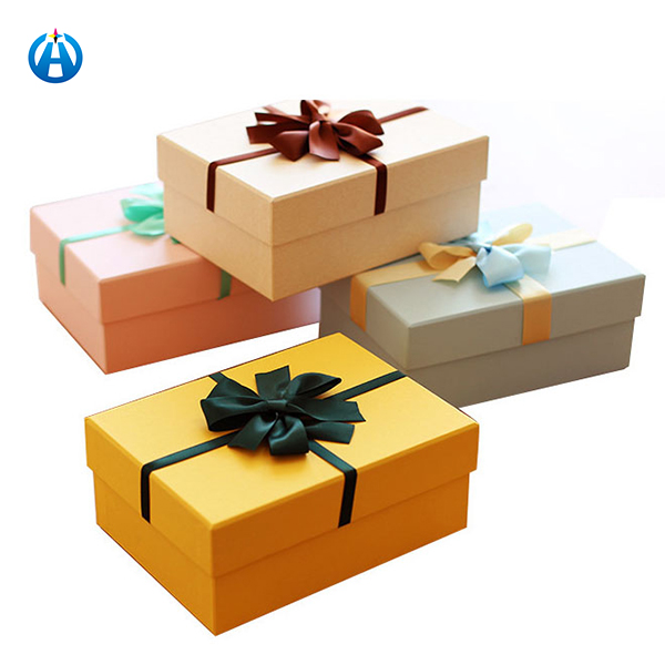 Luxury Present Box Color Printing Cardboard Gift Box Package