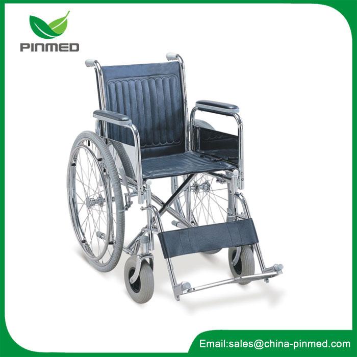 Cadeira de rodas com apoio para os pés ajustável e ângulo do encosto