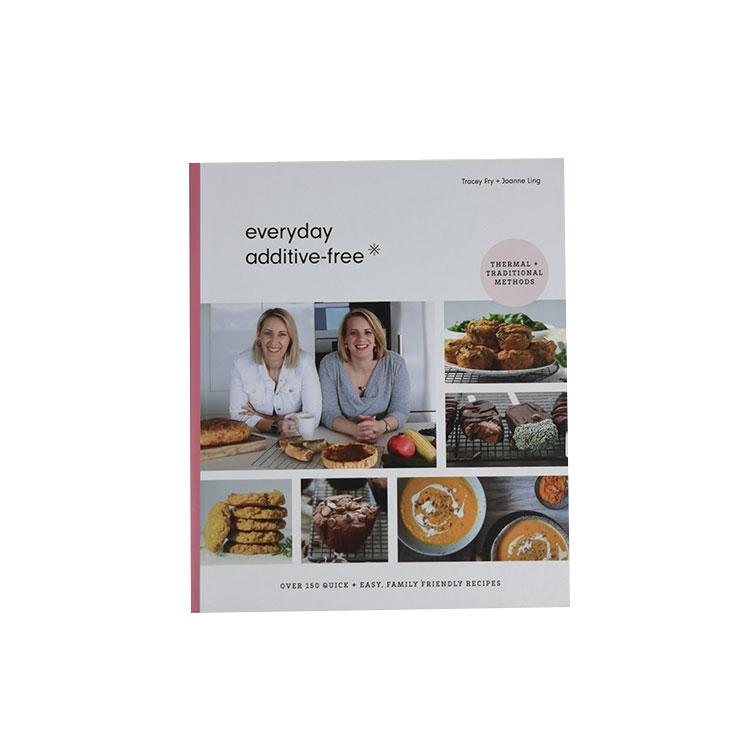 Печат на училищна готварска книга с щамповане с фолио